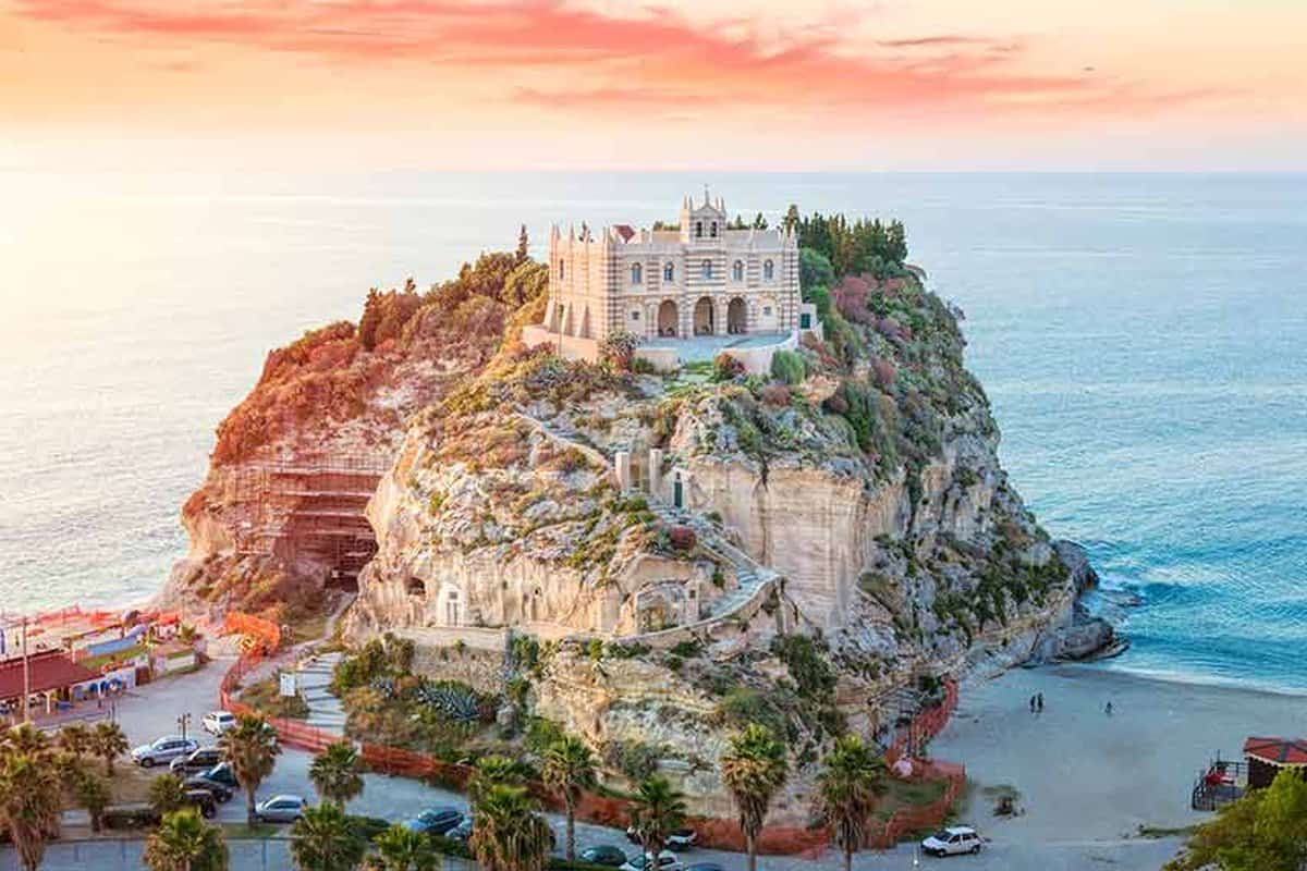 Santa Maria Dell' Isola beach, Italy